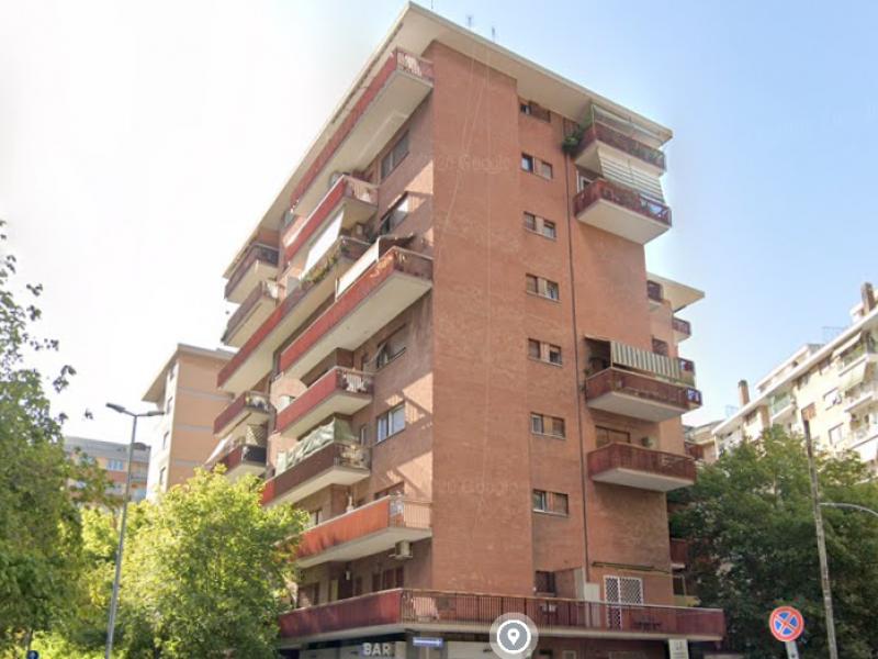 Trilocale Via Giuseppe Veronese